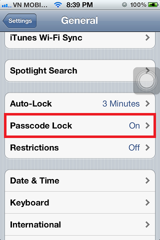 iPhone 4s Passcode Lock On